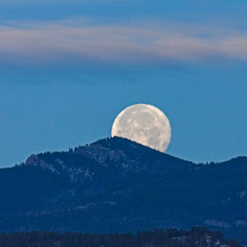 Moonset behind Palasade Mtn.